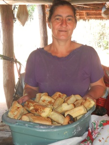 Na Ester showing off her fresh, hot chipa.